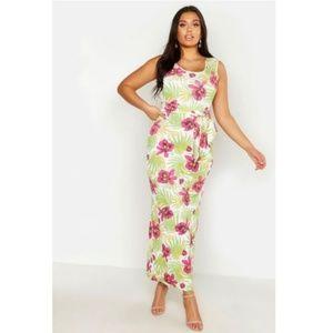 Boohoo Plus Floral Palm Maxi Dress